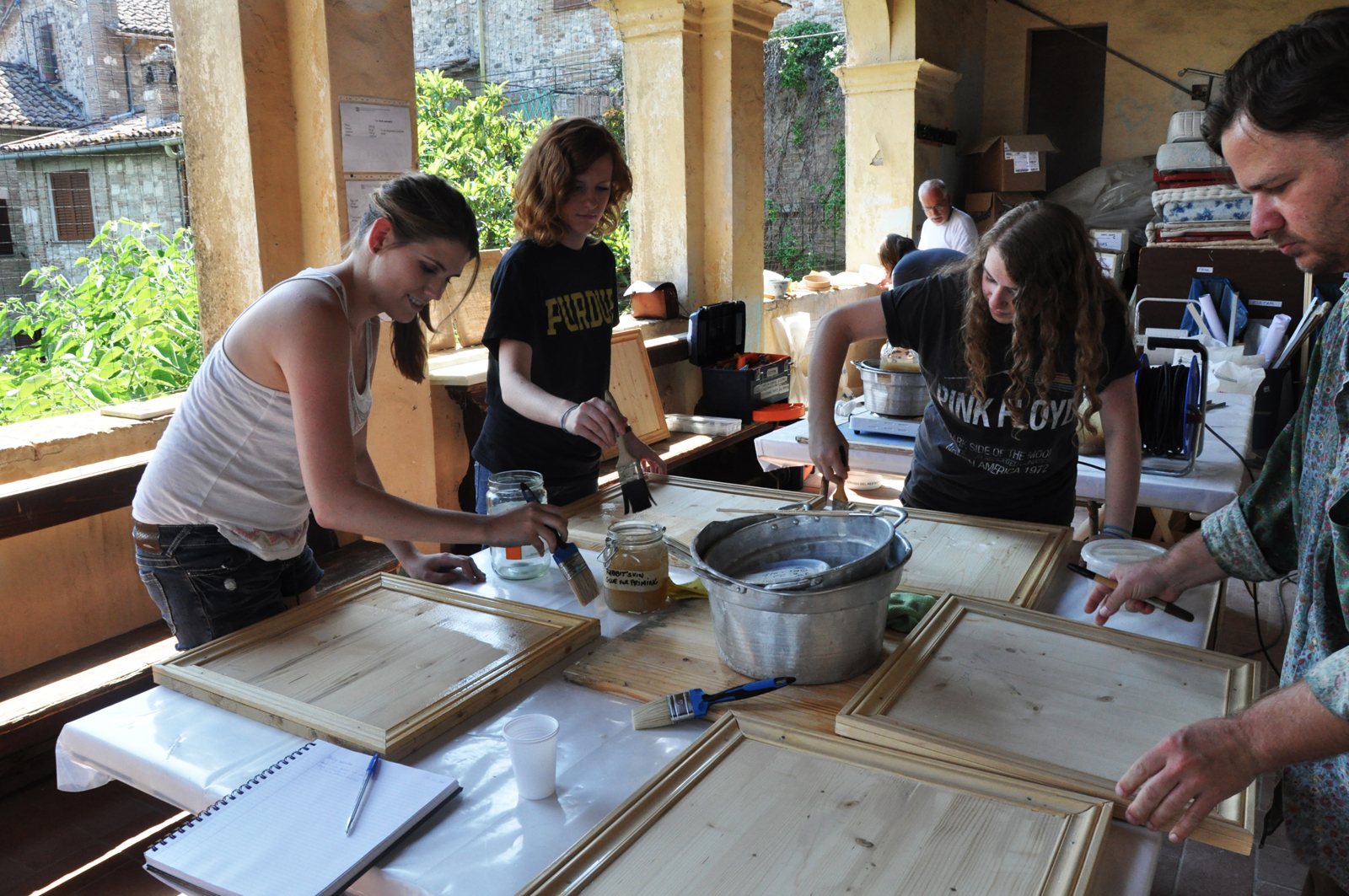program e traditional painting materials methods and restoration